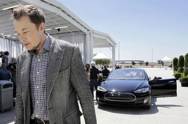 Uber's CEO Would Buy 500 Thousand Driverless Teslas to Power His Company